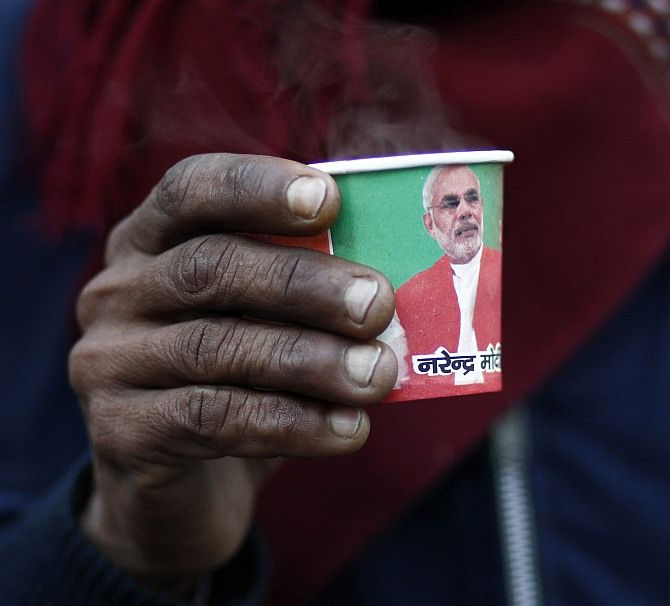modi paper cups for election campaign